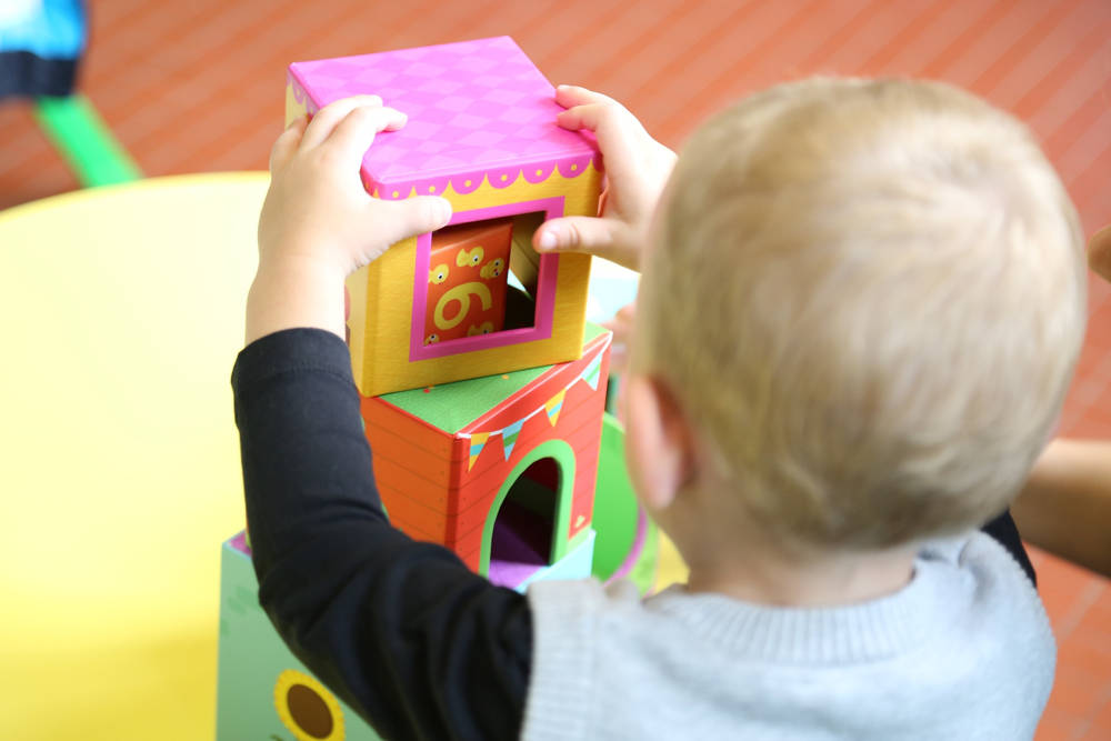 Dlaczego warto dać dziecko do żłobka?
